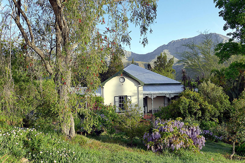 Calitzdorp Accommodation - One of the units at the Retreat at Groenfontein